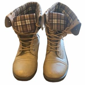 ANNA Lace-up Combat Boots tan size 9 flannel lined
